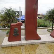 Monumento Padre Núñez en el Parque de Coronado