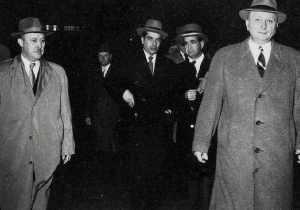 José Figueres Ferrer con Rodrigo Facio Brenes , durante un viaje oficial a Europa, 1956.