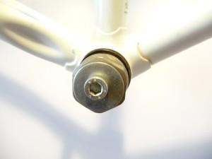 0614 Rimozione movimento a perno quadro a calotte 26