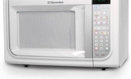 Como descongelar alimentos com microondas Electrolux 31L – MEG41