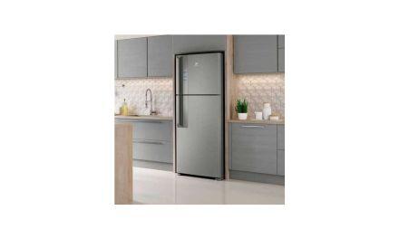 Solução de problemas da geladeira Electrolux 431L Top Freezer IF55