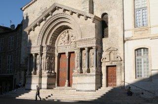 Utazás lakóautóval Avignon - Arles, St-Trophim, El Camino