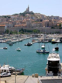 utazás lakóautóval Marseille - kikötő