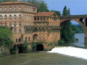 Toulouse lakóautóval - Albi a Tarn folyó partján