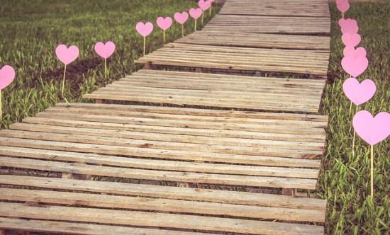 Evangelio apc - camino con corazones