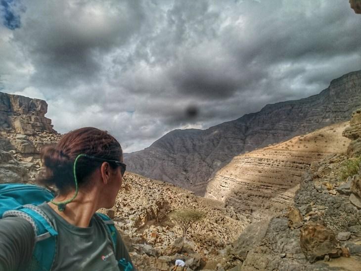 hiking in ras alkhaimah mountains views