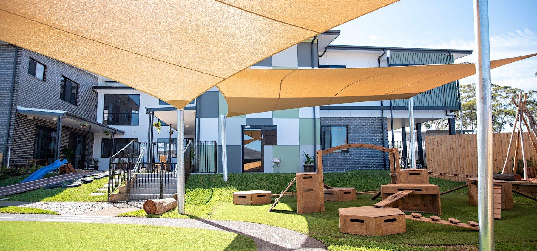 Elderslie Childcare Exterior Play Area
