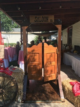 Saloon Doors Prop