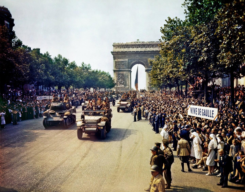 Liberation of France Avenue des Champs-Élysées - V-E Day