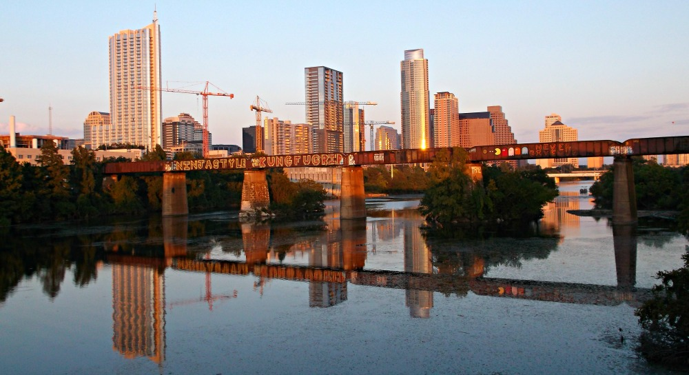 how to look for a job in austin