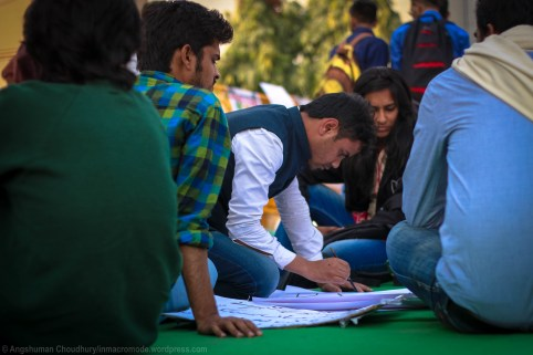 Students prepare placards for their march to the Ministry of Human Resource Development (MHRD). The aim was to submit a deposition with a charter of demands, preferably in person, to the Union Minister Ms. Smiti Irani.