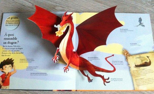 livre-jeu thème du dragon pop up