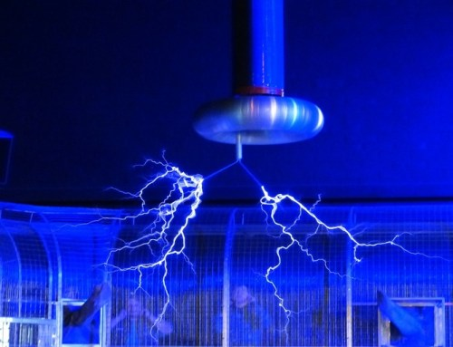 How does Tesla coil work?