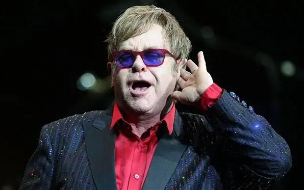 Elton John publicó una colección de 16 canciones con grandes artistas 🎶👏🏻