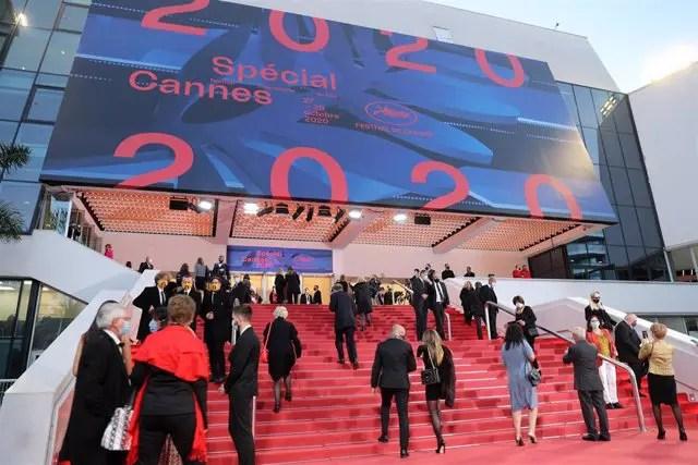 Festival de Cannes retrasa una vez más su celebración por la COVID-19 😷🎞