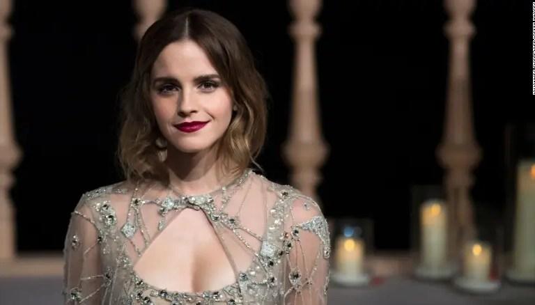 ¿Compromiso? El anillo que ahora usa Emma Watson y encendió los rumores 😳💍