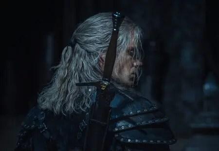 La imagen de la segunda temporada de The Witcher muestra a Geralt preparado para la batalla