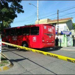 Transporte público suma otra víctima mortal, mujer muere atropellada por ruta 634