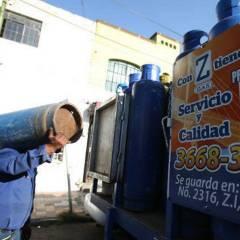 Impacta inflación en el precio de los combustibles