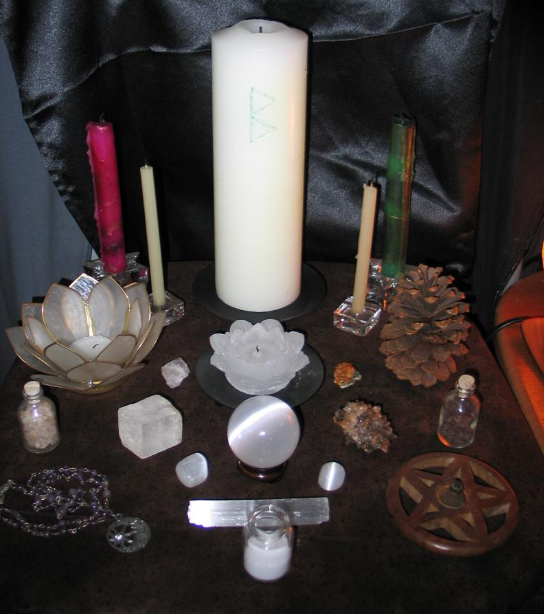 imbolg 2009 altar with flash