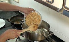 bacalao con garbanzos y salsa romesco24