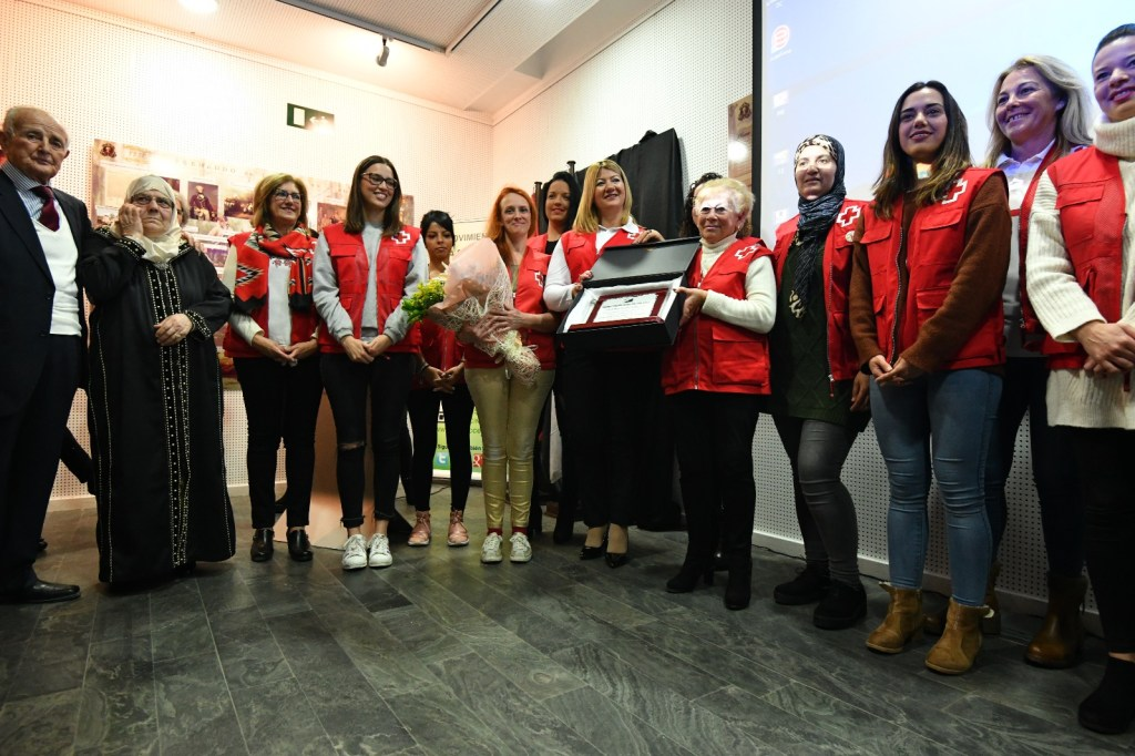 Voluntariado cruz roja premio doctora soraya