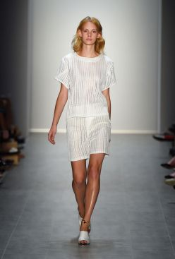 Malaikaraiss Spring 2015 © Mercedes-Benz Fashion