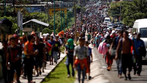 Trump persiste en sus amenazas hacia la caravana de inmigrantes