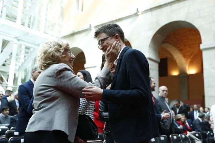 Errejón se desmarca de Podemos para formar tándem con Manuela Carmena