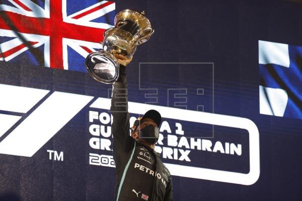Lewis Hamilton se lleva la victoria en el GP de Bahréin