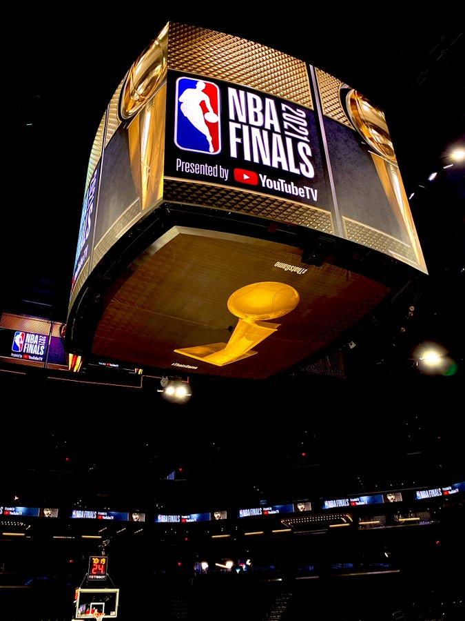 Previa finales NBA: Bucks y Suns buscarán el anillo en una final sin precedentes