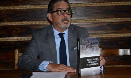 El jurista Alejandro Ayuso considera que las primarias abiertasy simultáneas para la elección de los candidatos a cargos electivos de los partidos, no es violatorio a la Constitución de la República.