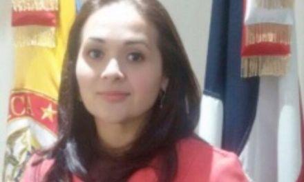 Apresan secretaria del consulado de Colombia en RD acusada de tráfico migrantes