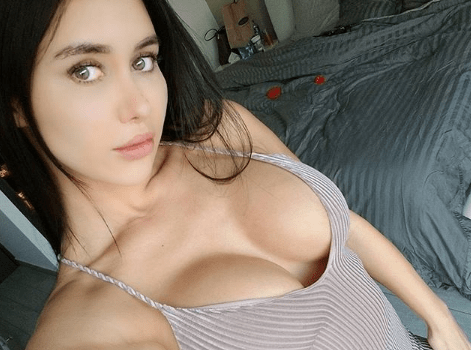 Joselyn Cano Y Sus Húmedas Curvas Al Desnudo El Grafico Del Sur