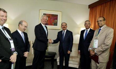 En marco de Cumbre Empresarial, Danilo Medina se reúne con ejecutivos de Citibank