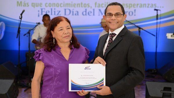 INFOTEP cita logros a favor de docentes en actos