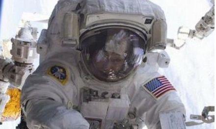 Astronautas podrían sufrir daños en tejido gastrointestinal en viajes espaciales