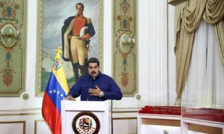 Maduro da 3 días a diplomáticos de EEUU para salir del país