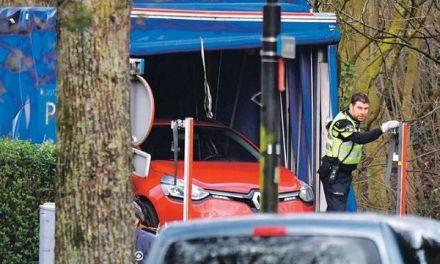 Tres muertos y 5 heridos por ataque en tranvía en Holanda