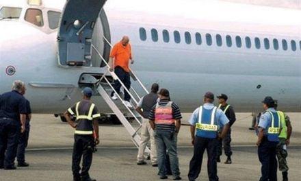 Repatrian a otros 46 exconvictos desde EEUU