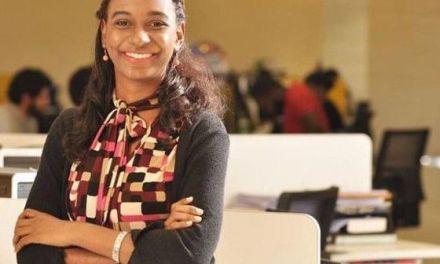 Periodista del LISTÍN gana premio joven de la Feria del Libro