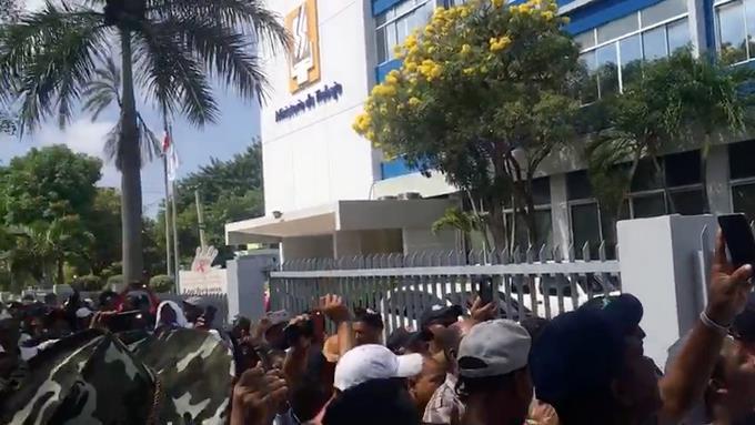 Trabajadores de Punta Catalina vuelve al Ministerio de Trabajo en busca de la repuesta de Danilo