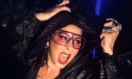 Alejandra Guzmán estalla en llanto en pleno concierto