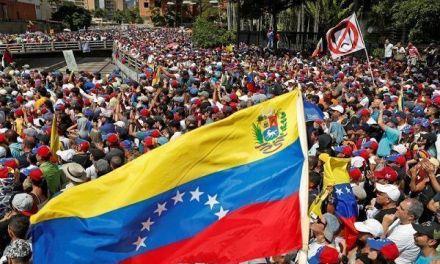 Venezuela dice a Bachelet sanciones causan la crisis