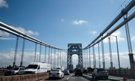 Joven de 21 años detuvo su auto y se lanzó desde el puente Washington en NuevaYork