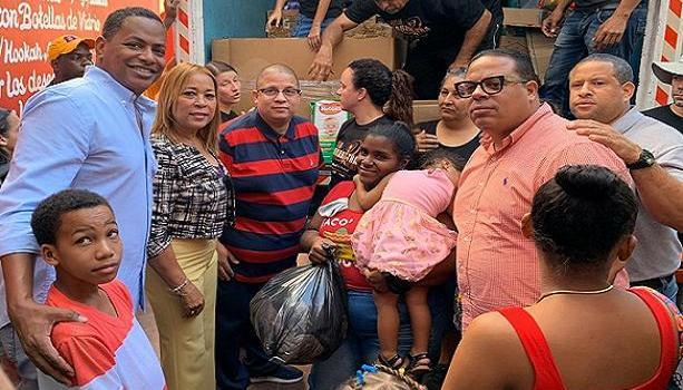 Bolivar Valera entrega ayusdas
