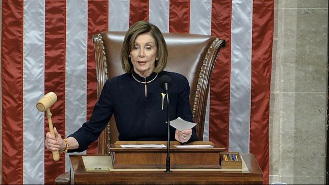 Pelosi anuncia que la Cámara iniciará el 'impeachment' contra Trump si Pence no invoca la 25ª enmienda