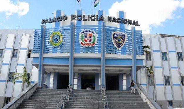 Policía apresa supuestos delincuentes que eran buscados por varios delitos en Bonao
