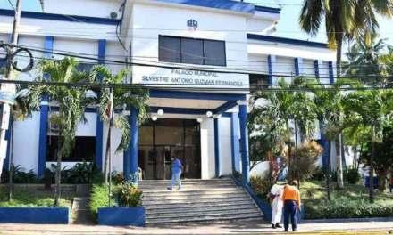 Demandan por RD$5 millones al alcalde de SDO y otros funcionarios del Ayuntamiento