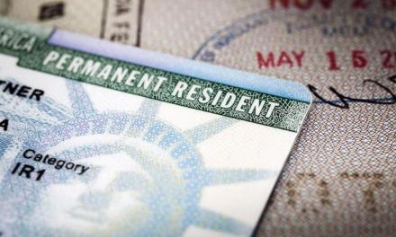 Aunque usted tenga tarjeta verde, puede ser deportado si alguna vez violó la ley